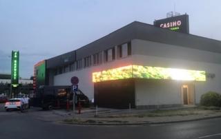 Tropicana Csaino Miskolc ledfal